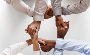 shareholders shaking hands
